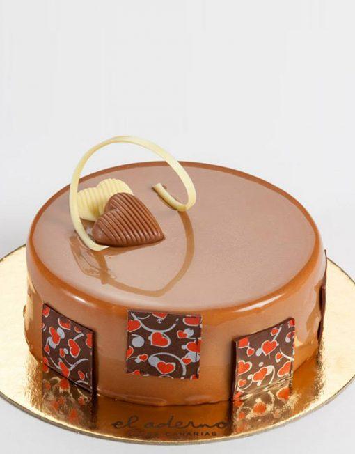 tarta-mousse de chocolate y avellanas