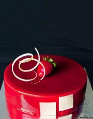 tarta zuleica con mousse de vainilla y frambuesa