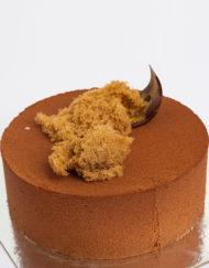 Tarta mousse de chocolate con leche y praliné de avellana