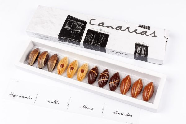 caja de bombones Canarias 12 variados
