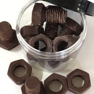 bote de tornillos y tuercas de chocolate El Aderno