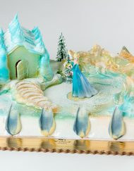 tarta infantil con diseño Frozen