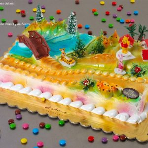 tarta infantil con decoración Winni the Pooh